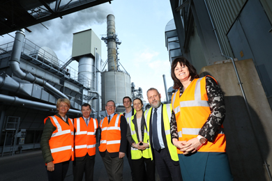EGGER raises industry concerns as ministers visit wood-based materials plant