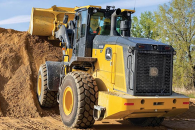 John Deere rolls out Performance Tiering Strategy starting with Utility Loaders